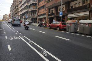 La calle de las Camelias, en Gràcia, estrena nueva imagen
